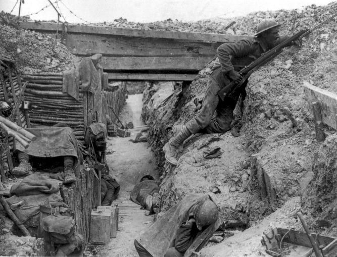 WWI. Artillery bombardment over the enemy trenches before the attack was a principle of behavior through the war